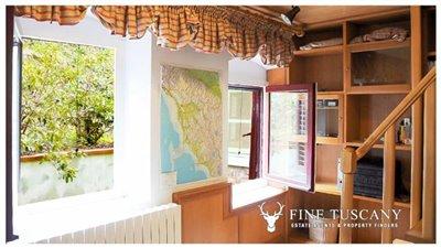 Detached-stone-house-for-sale-in-Casore-Del-Monte--Marliana--Pistoia--Tuscany--21