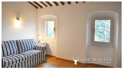 Detached-stone-house-for-sale-in-Casore-Del-Monte--Marliana--Pistoia--Tuscany--31