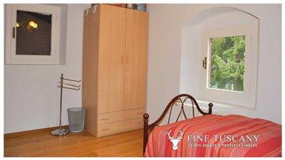 Detached-stone-house-for-sale-in-Casore-Del-Monte--Marliana--Pistoia--Tuscany--39