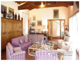 Image No.20-5 Bed House/Villa for sale