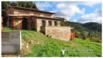 2-shell-homes-for-sale-in-Palagio-Montaione-Tuscany-8