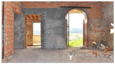 2-shell-homes-for-sale-in-Palagio-Montaione-Tuscany-13