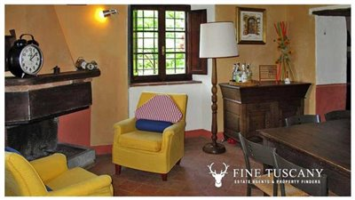 Rustic-House-for-sale-in-Garfagnana-Tuscany-Italy-8