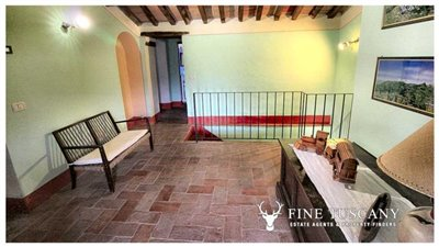 Rustic-House-for-sale-in-Garfagnana-Tuscany-Italy-22