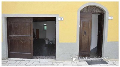 House-for-sale-in-Chiusdino-Siena-Tuscany-6