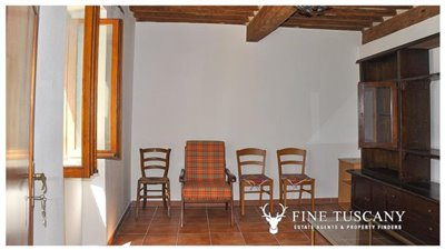 House-for-sale-in-Chiusdino-Siena-Tuscany-16