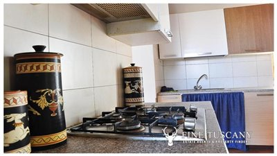 House-for-sale-in-Chiusdino-Siena-Tuscany-26