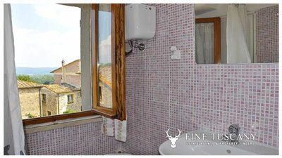 House-for-sale-in-Chiusdino-Siena-Tuscany-39