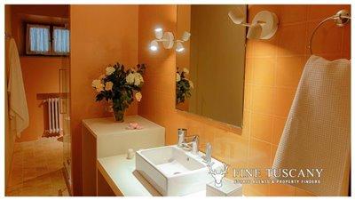 Villa-for-sale-in-Fauglia-Pisa-Tuscany-Italy-23