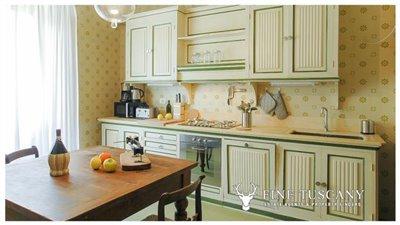 Villa-for-sale-in-Fauglia-Pisa-Tuscany-Italy-26