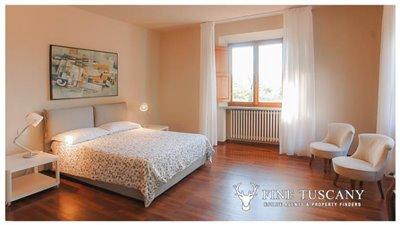 Villa-for-sale-in-Fauglia-Pisa-Tuscany-Italy-28