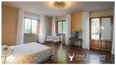 Villa-for-sale-in-Fauglia-Pisa-Tuscany-Italy-27