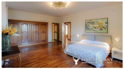 Villa-for-sale-in-Fauglia-Pisa-Tuscany-Italy-29
