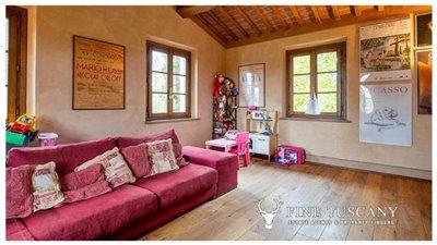 Villa-for-sale-in-Cevoli--Casciana-Terme--Pisa--Tuscany--Italy-3