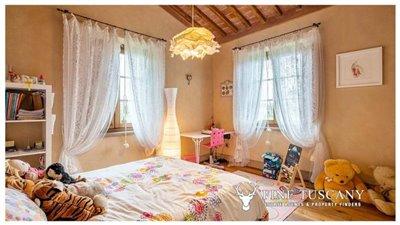 Villa-for-sale-in-Cevoli--Casciana-Terme--Pisa--Tuscany--Italy-11