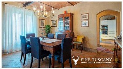 Villa-for-sale-in-Cevoli--Casciana-Terme--Pisa--Tuscany--Italy-14