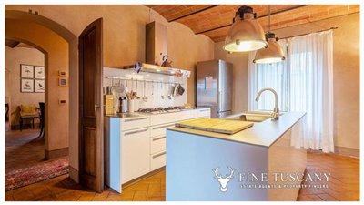 Villa-for-sale-in-Cevoli--Casciana-Terme--Pisa--Tuscany--Italy-20