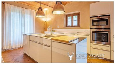 Villa-for-sale-in-Cevoli--Casciana-Terme--Pisa--Tuscany--Italy-21