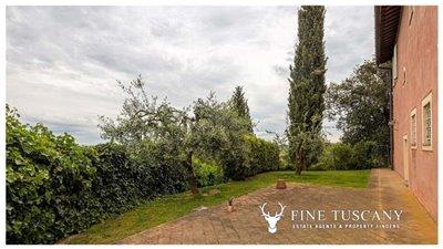 Villa-for-sale-in-Cevoli--Casciana-Terme--Pisa--Tuscany--Italy-24