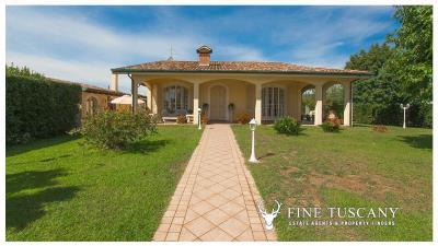 Villa-for-sale-in-Viareggio-Lucca-Tuscany-Italy-1
