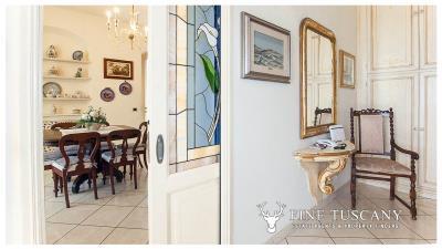 Villa-for-sale-in-Viareggio-Lucca-Tuscany-Italy-11