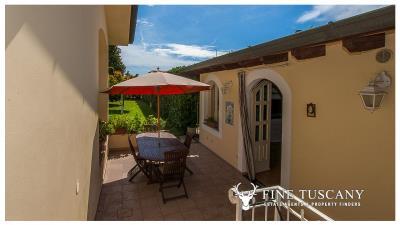Villa-for-sale-in-Viareggio-Lucca-Tuscany-Italy-25