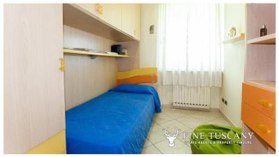 Villa-for-sale-in-Viareggio-Lucca-Tuscany-Italy-30