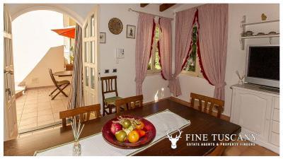 Villa-for-sale-in-Viareggio-Lucca-Tuscany-Italy-53