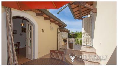 Villa-for-sale-in-Viareggio-Lucca-Tuscany-Italy-56