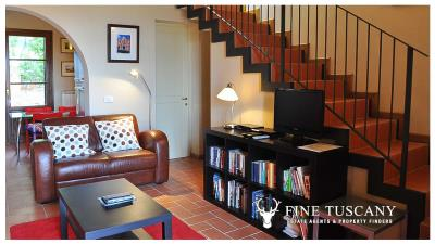 2-Bedroom-property-for-sale-in-Orciatico--Lajatico--Pisa--Tuscany--Italy-1