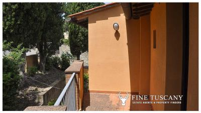 2-Bedroom-property-for-sale-in-Orciatico--Lajatico--Pisa--Tuscany--Italy-13