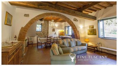 Country-house-for-sale-in-Canneto--Monteverdi-Marittimo--Tuscany-27
