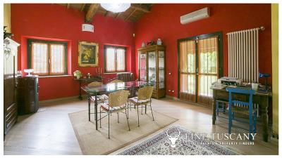 Villa-for-sale-in-Roccastrada-Grosseto-Tuscany-10