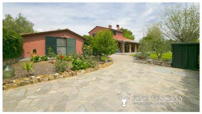Villa-for-sale-in-Roccastrada-Grosseto-Tuscany-47