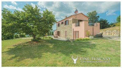 Rural-Country-House-for-sale-in-Sorano-Grosseto-Maremma-Tuscany-Italy-1