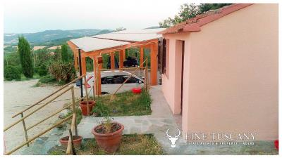 Rural-Country-House-for-sale-in-Sorano-Grosseto-Maremma-Tuscany-Italy-11