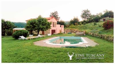 Rural-Country-House-for-sale-in-Sorano-Grosseto-Maremma-Tuscany-Italy-12