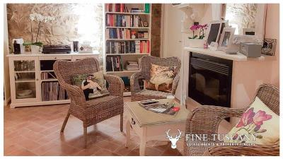 Rural-Country-House-for-sale-in-Sorano-Grosseto-Maremma-Tuscany-Italy-15