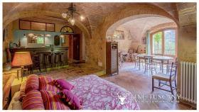 Image No.5-Maison de campagne de 4 chambres à vendre à Volterra