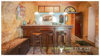 Character-property-for-sale-in-Volterra-Pisa-Tuscany-Italy-20