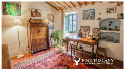 Character-property-for-sale-in-Volterra-Pisa-Tuscany-Italy-32