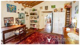 Image No.17-Maison de campagne de 4 chambres à vendre à Volterra