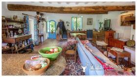 Image No.19-Maison de campagne de 4 chambres à vendre à Volterra