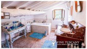 Image No.20-Maison de campagne de 4 chambres à vendre à Volterra