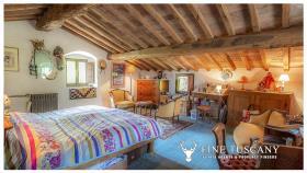 Image No.21-Maison de campagne de 4 chambres à vendre à Volterra