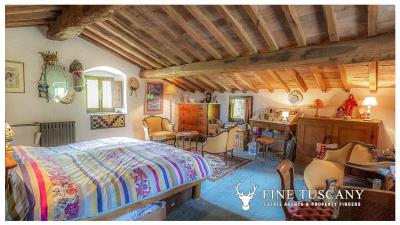 Character-property-for-sale-in-Volterra-Pisa-Tuscany-Italy-38