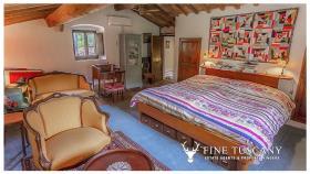 Image No.22-Maison de campagne de 4 chambres à vendre à Volterra