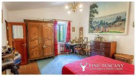 Image No.23-Maison de campagne de 4 chambres à vendre à Volterra