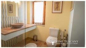 Image No.24-Maison de campagne de 4 chambres à vendre à Volterra