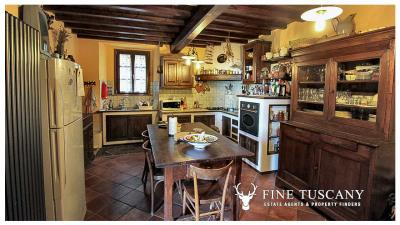 3-Stone-Houses-with-pool-in-Molazzana-Lucca-Tuscany-8